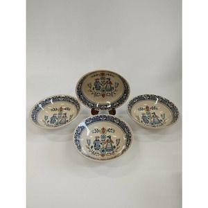 4 Vtg Johnson Brothers Hearts Flowers Cereal Bowls